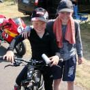 Florian Weiss mit Marco Schweizer Fahrerlager ADAC Mini Bike Cup Templin