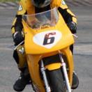 Florian Weiß - Raceflo - testet ein Mini Bike und stieg später in den Motorrad-Straßenrennsport ein