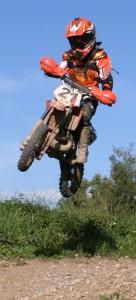 Florian Weiß - Raceflo - der Sechsjährige beim Motocross Training mit seiner KTM SX 50