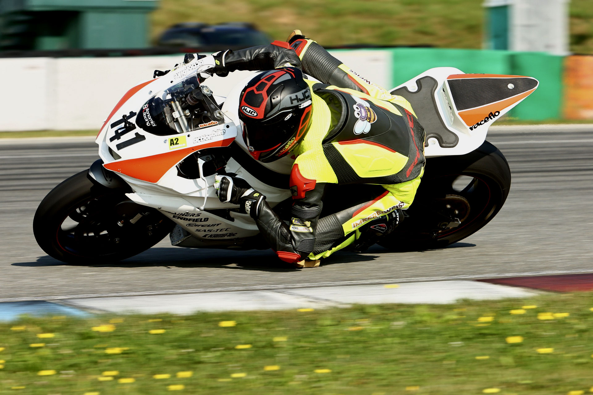 Florian Weiß Raceflo beim Renntraining 2021 in Brünn CZ