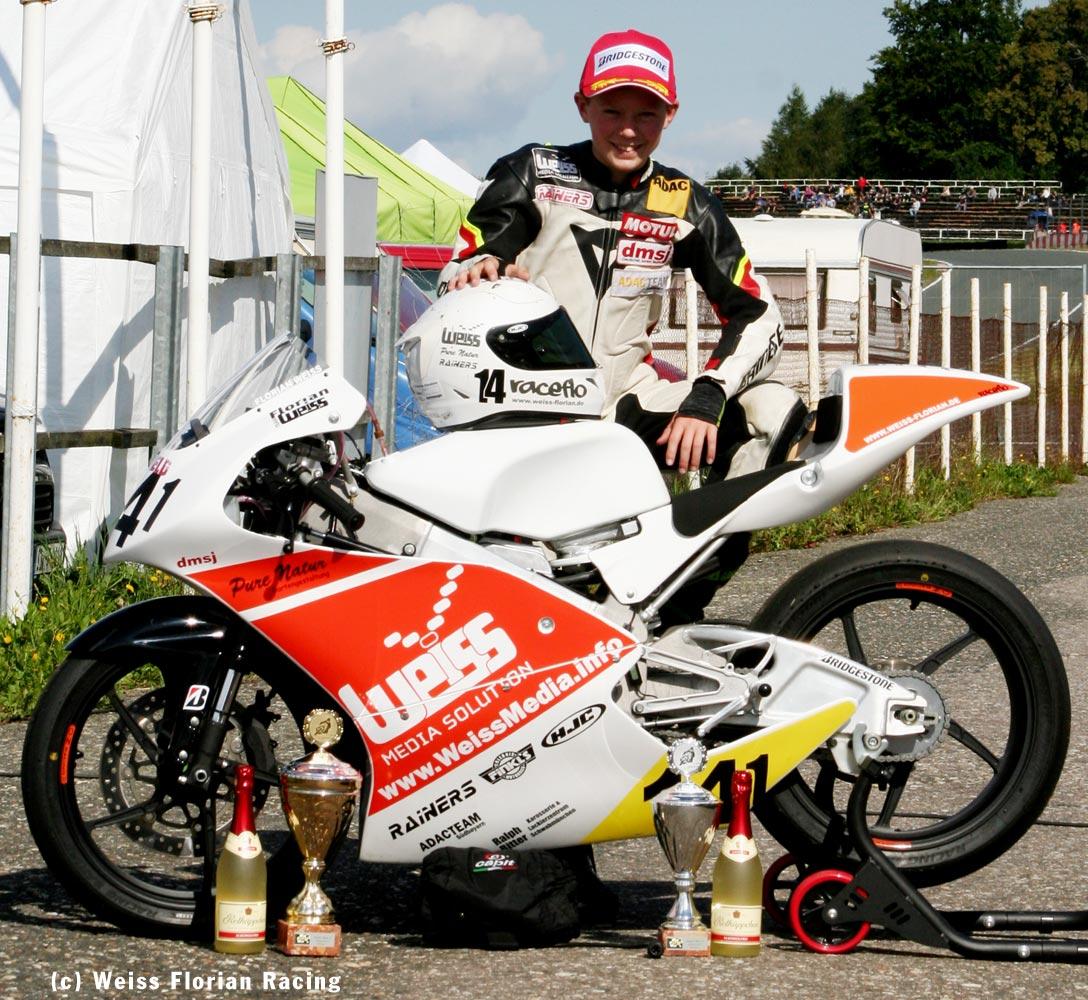 Florian Weiß | Raceflo - erfolgreich mit seiner Moto3 in Schleiz 2017
