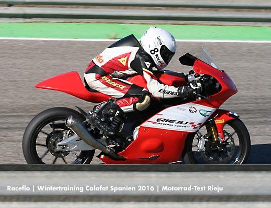 Florian Weiss - Raceflo - testet in Spanien Motorrad: Rieju